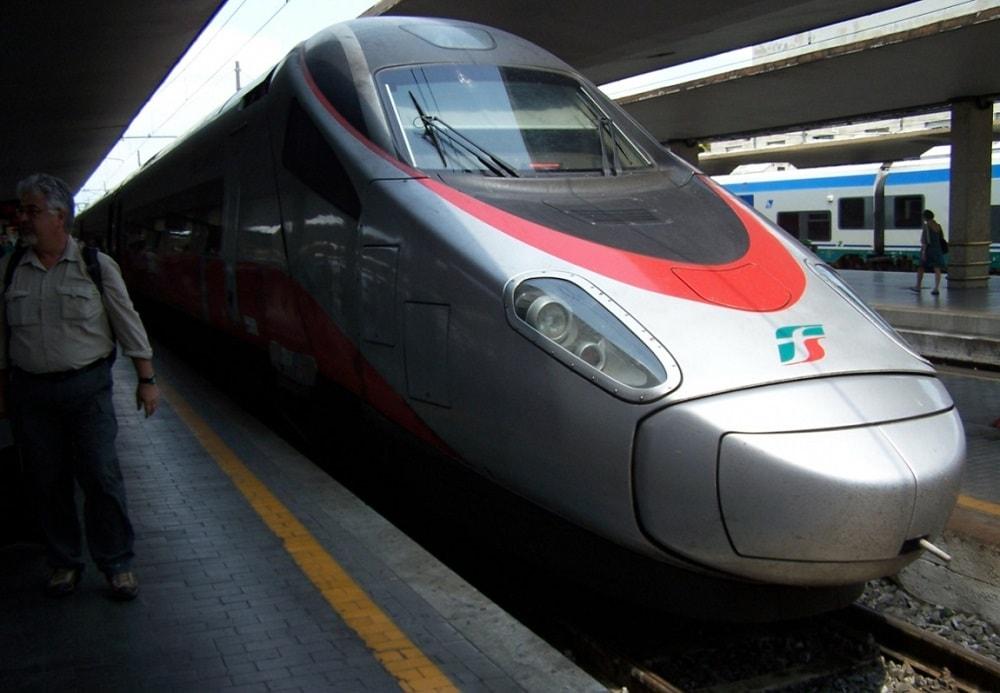 Скоростной поезд Frecciargento