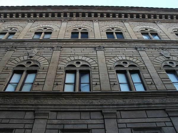 Разделение этажей палаццо